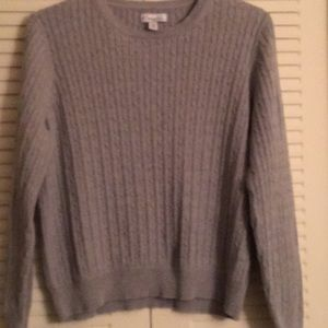 Gray cable knit medium weight sweater